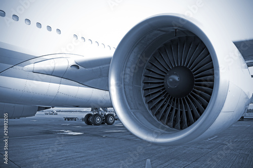 Foto op Canvas Vliegtuig airplane engine in airport