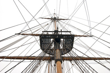Ships mast and rigging