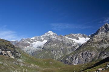 Berge in den Walliser Alpen