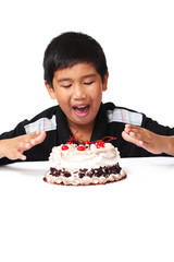 Kid with cake