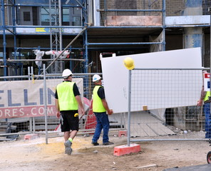 déménageurs sur chantier