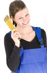 Handwerkerin mit Zollstock