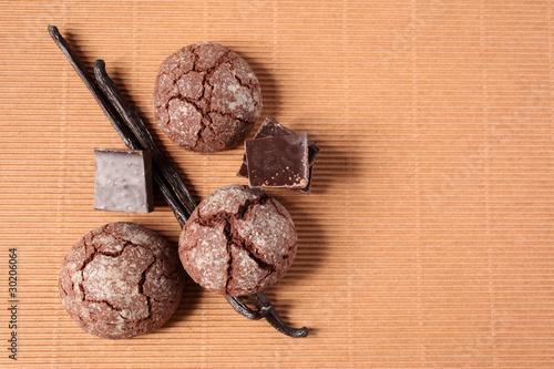 biscotti al cioccolato con vaniglia