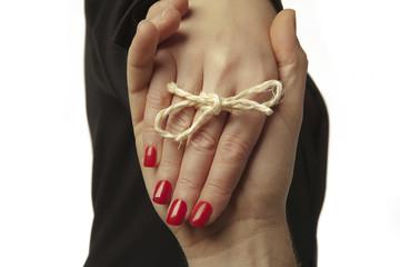 string round finger