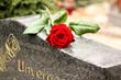 Leinwanddruck Bild - Grabstätte
