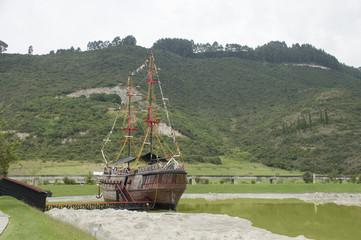 Barco pirarata de vela