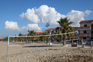 volleyball net, volleyball on beach
