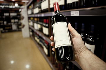 Shopping for wine horizontal