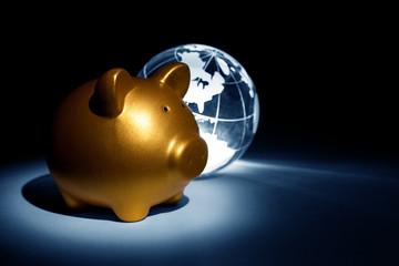 Globe and Piggy bank