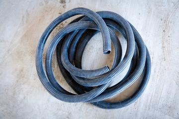 Tubo corrugado para instalación eléctrica