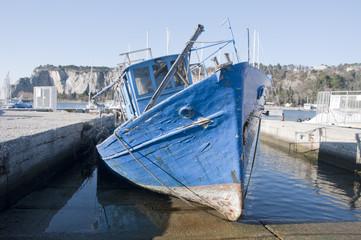 Wreck Boat