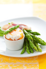Asparagus ,egg and  ham