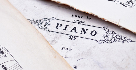 Piano - Vintage