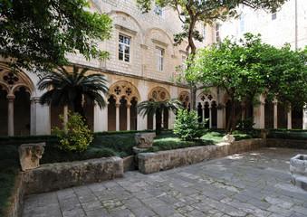 Cloître du Monastère des Dominicains à Dubrovnik