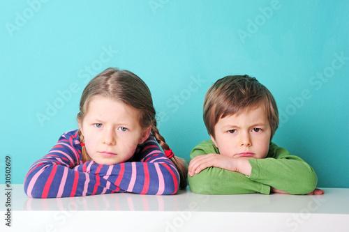 wütende Geschwister