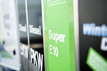 Super 11