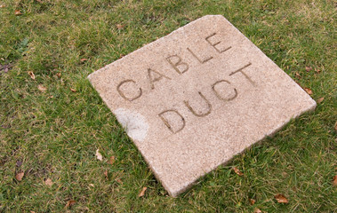cable duct warning cover sign