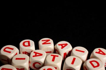 lettere alfabeto su fondo nero