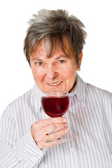 Seniorin mit Rotweinglas
