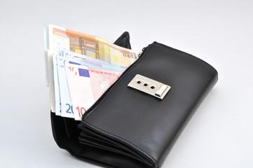geldbeutel mit geldscheinenen Serie