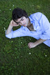 homme, jeune, beau, détente, zen, sieste, jardin, été, herbe