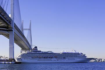 ベイブリッジ 客船 横浜
