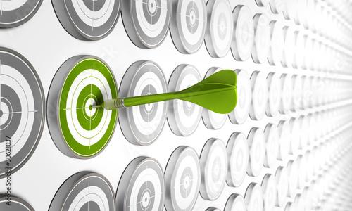 cible et flèche verte, coaching concept, atteindre objectif