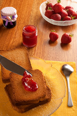 marmelade and strawberries