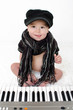 Baby am Keyboard