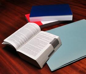 Manuali e codici di diritto