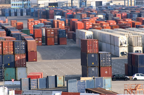containers - 30710474