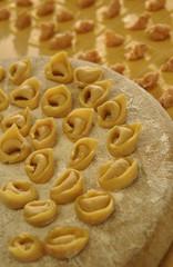 cucina italiana, sfoglina, tortellini, tortelloni emiliani