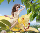 Fototapety Beautiful Spring Girl with flowers