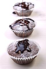 Schokoladensauce mit Muffin