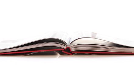 Livre ouvert, fond blanc