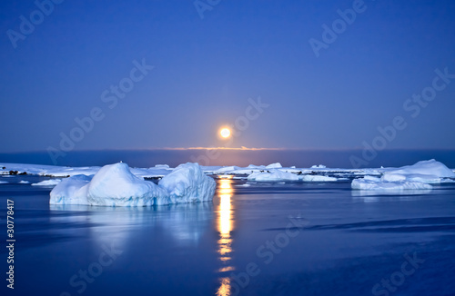 Summer night in Antarctica