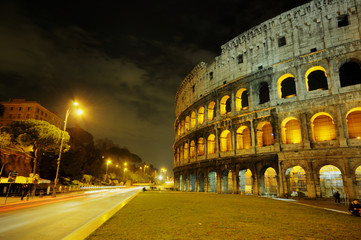 Night view Coliseum HDR, Rome Italy