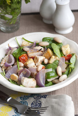 Chicken and bean salad with lemon Balsamic dressing