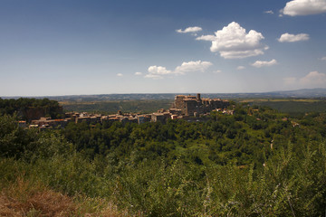 Lazio, Bomarzo l'antico borgo con il palazzo Orsini