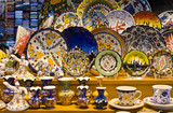 Turkisk colorful pottery souvenirs in Grand Bazaar