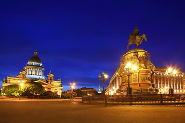 St. Isaac's Cathedral  and Monument to Emperor Nicholas I