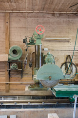 Stone sawing machinery