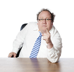 homme d'affaires incertain et menaçant
