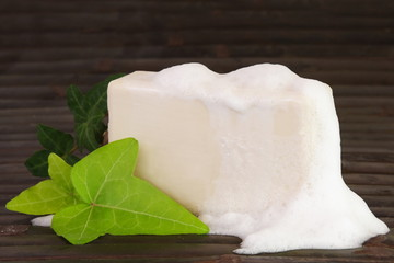 Natural Ingredients Soap with Foam