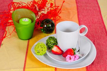 Tisch gedeckt Frühling Essen Tasse