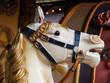 Leinwanddruck Bild - cheval,bois,carrousel,manège