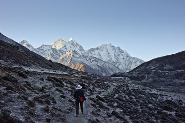 A road to Mt. Everest