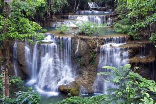 Papiers peints Recifs coralliens waterfall forest