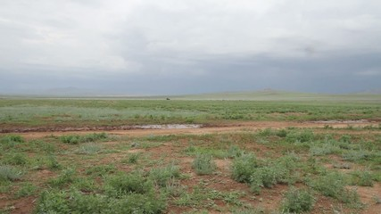 Passage d'un véhicule russe en Mongolie