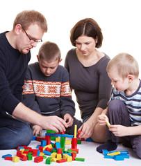 Gemeinsames Spielen mit Kindern